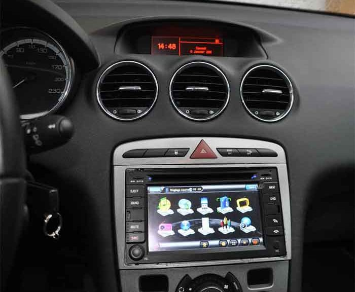 Radio voiture avec port USB